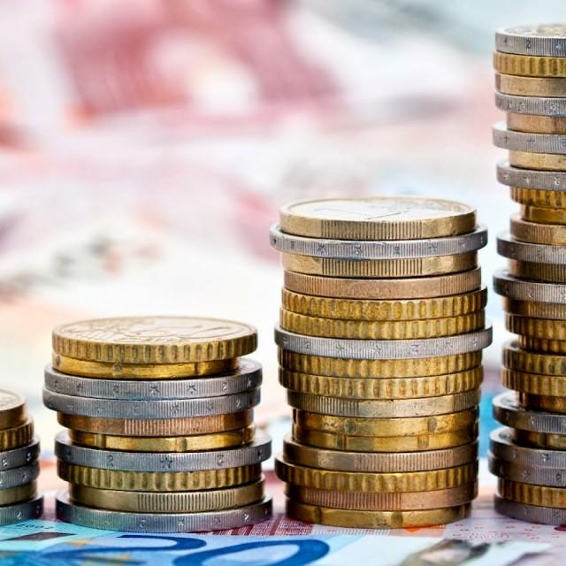 La variación salarial media pactada en convenio hasta diciembre se sitúa en el 0,74%