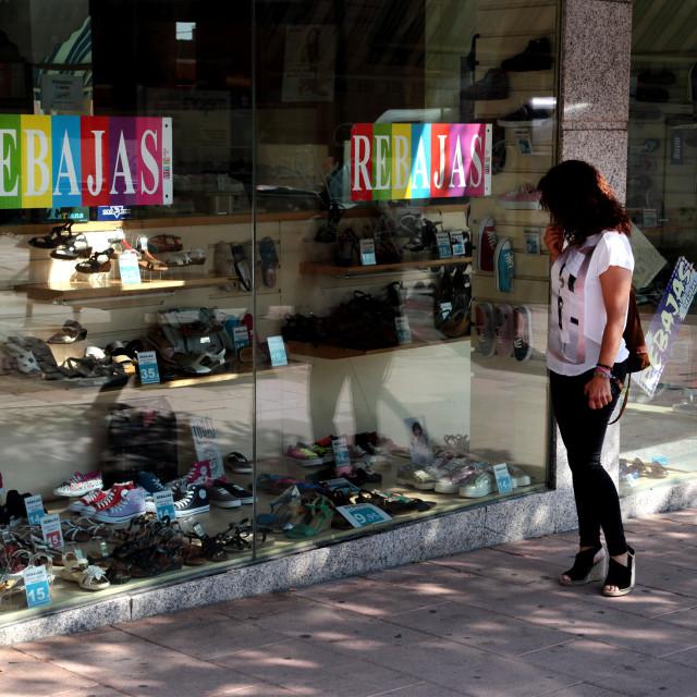 Alcobendas realiza inspecciones de consumo para evitar problemas durante las rebajas