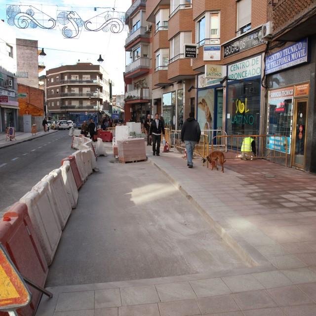 El Ayuntamiento crea una zona estancial en la calle Unión y mejora la accesibilidad en un tramo de Constitución