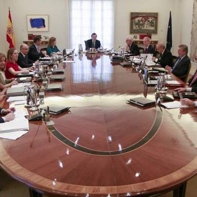 El Gobierno acuerda elevar el Salario Mínimo Interprofesional hasta los 655,20 euros mensuales en 2016