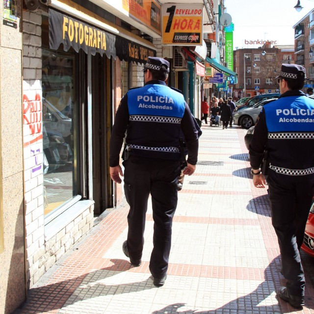 La Policía Local amplía el programa 'Vacaciones Seguras' a los comercios de Alcobendas