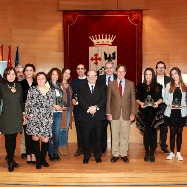 Los mejores escaparates navideños de Alcobendas reciben sus premios