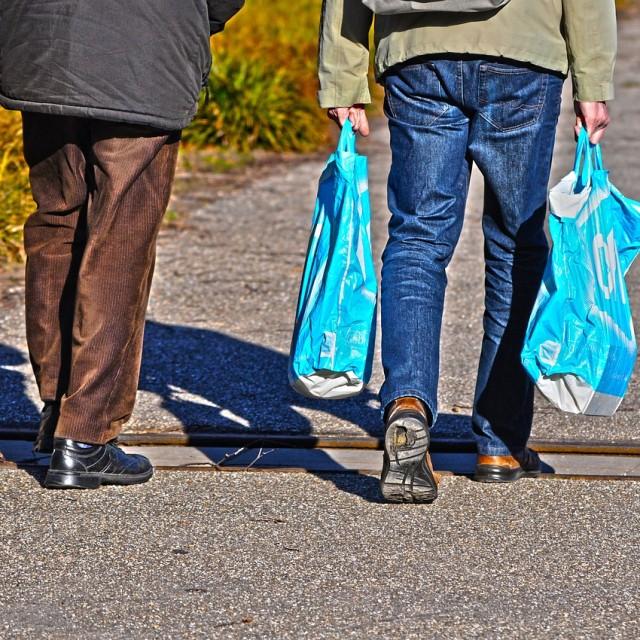 Las bolsas de plástico dejan de ser gratuitas
