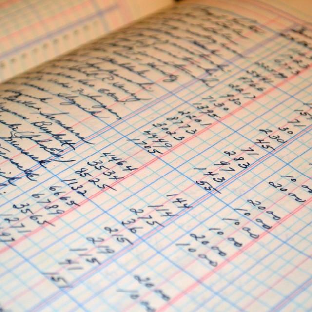 Nueva regulación sobre la llevanza de los libros registros en el IRPF
