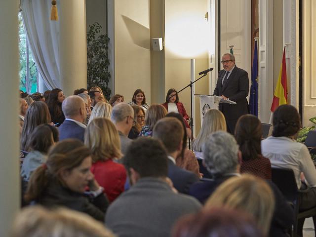 Un centenar de empresas dialogan con las administraciones públicas acerca del fomento de la diversidad y la igualdad en las empresas