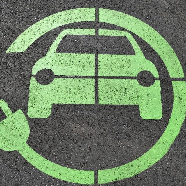 Aprobación programa MOVES III (incentivos a la movilidad eléctrica)